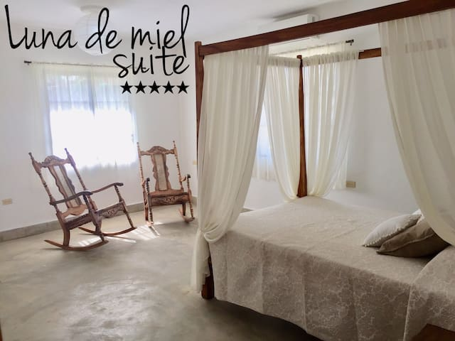 5★ Suite in the heart of Viñales (1)