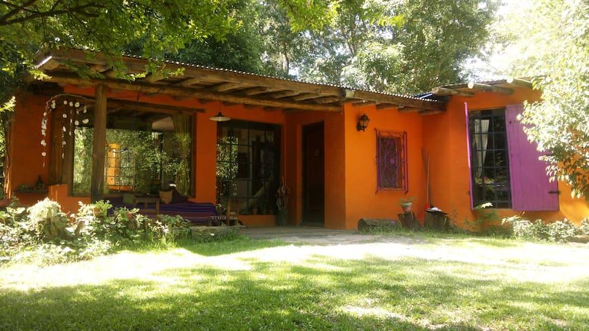 La Casa Naranja  - zona La Bota - Ing Maschwitz