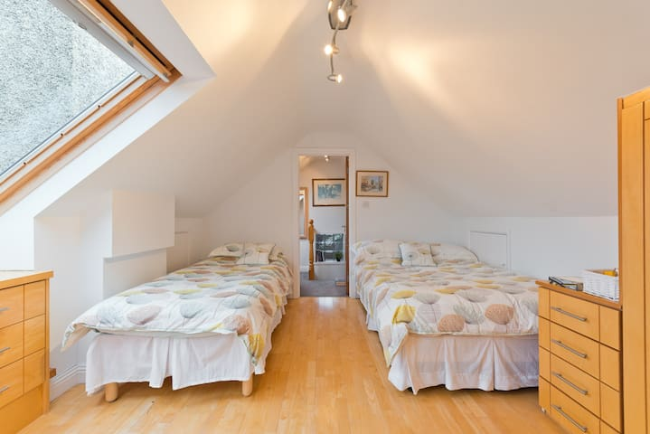 Ensuite Attic Room 2 Bed Clontarf