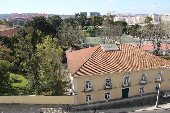 Beautiful view near Benfica Stadium * 2BD APT * - Lisboa - Wohnung