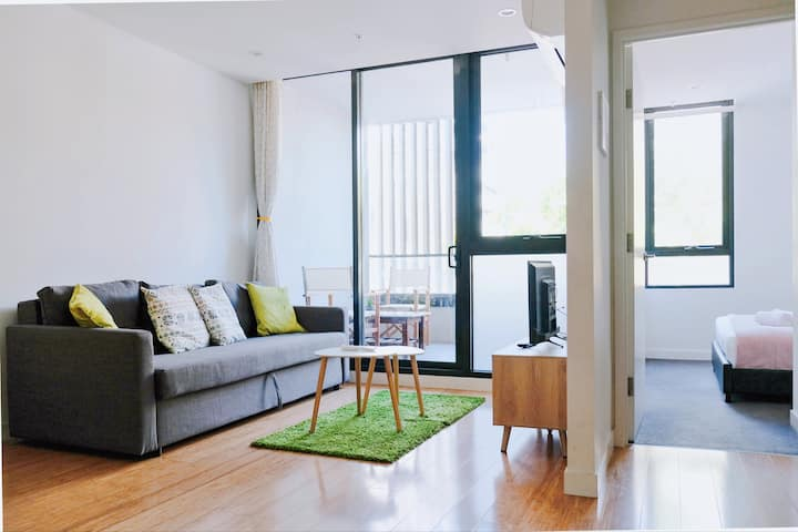 A Leisure Lifestyle in Central Box Hill