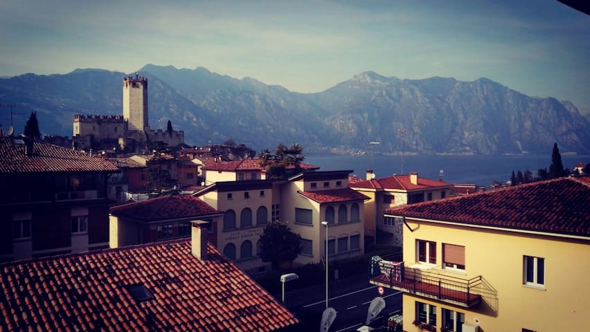 Feature view of Malcesine's town centre - Malcesine - Flat