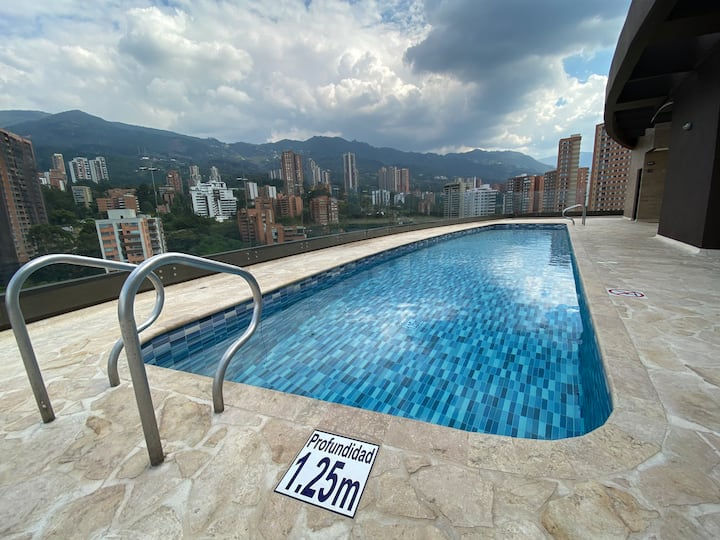 Luxury in Poblado with amazing view! 3 beds 2 bath
