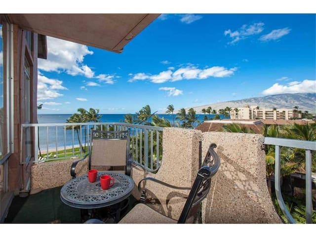 Newly Remodeled Ocean View Condo on Sugar Beach