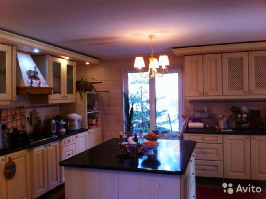 кухня в гостиной
