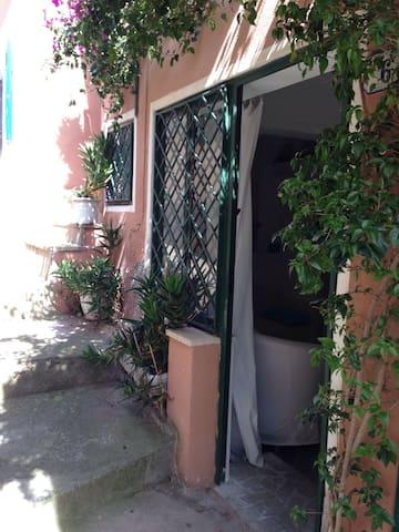 La Casa del Vicolo - Porto Azzurro - House