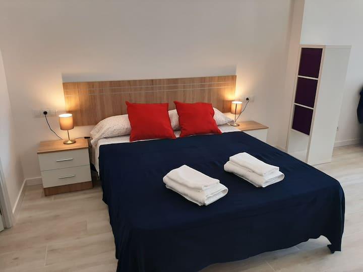 Apartamento Velarde Center***
