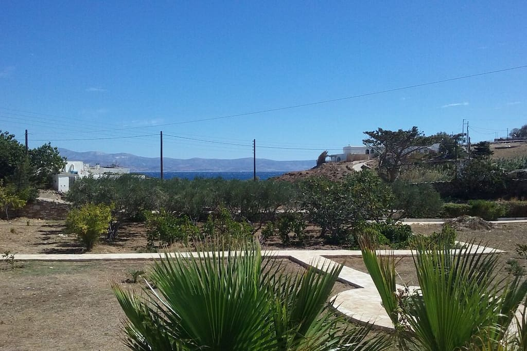 Views of the sea over the front garden (Naxos opposite)