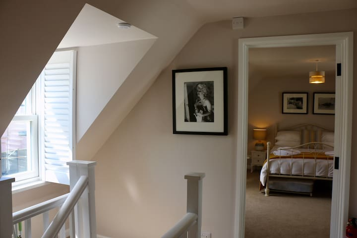 Vine Cottage, (Luxury self-catering Homes)