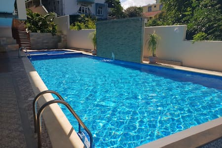 Hibiscus apartment near flic en flac beach
