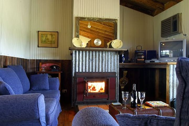 Two bedroom log fire and spa cottage