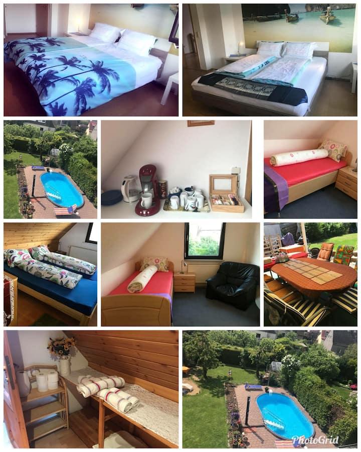 Sunny, cozy single room, in a quiet location