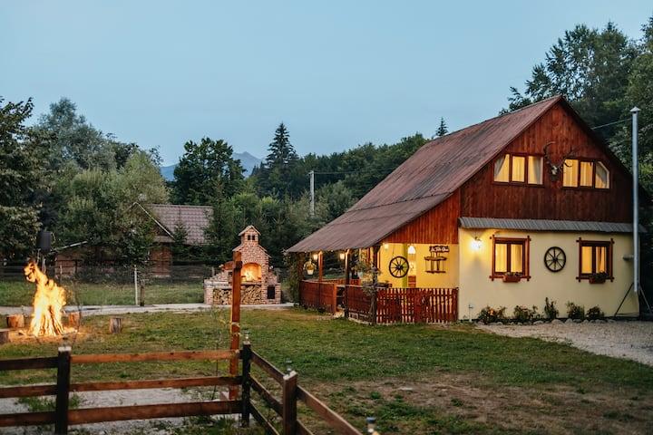Cabana La Tata Gheo