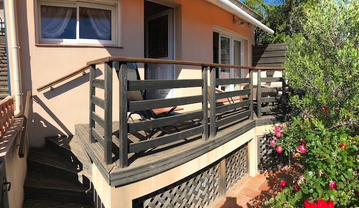 Maisonnette climatisée avec terrasse