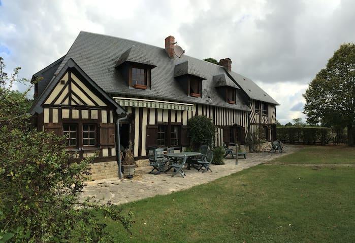 Maison de famille au coeur du pays d'Auge - Notre-Dame-de-Livaye - Talo