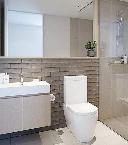 Luxurious Ensuite 20mins to Airport - Cairnlea