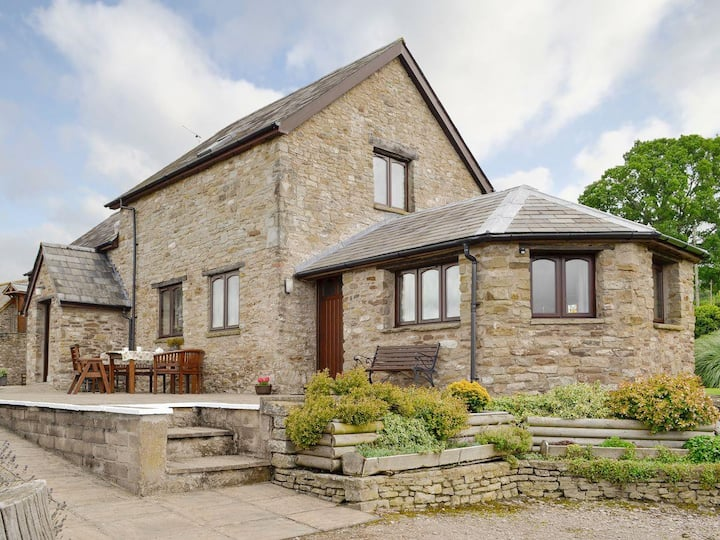 White Hill Farm Cottage (UK6393)