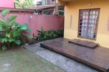 Deck de entrada e ducha externa
