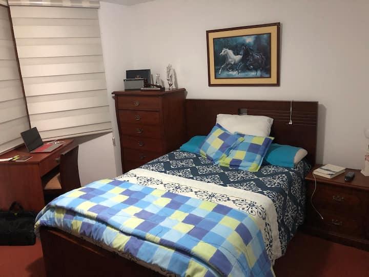 Conjunto Residencial, Casa con Areas Sociales