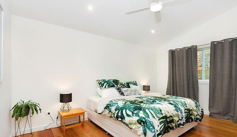 Bush luxury - Hornsby Heights - House