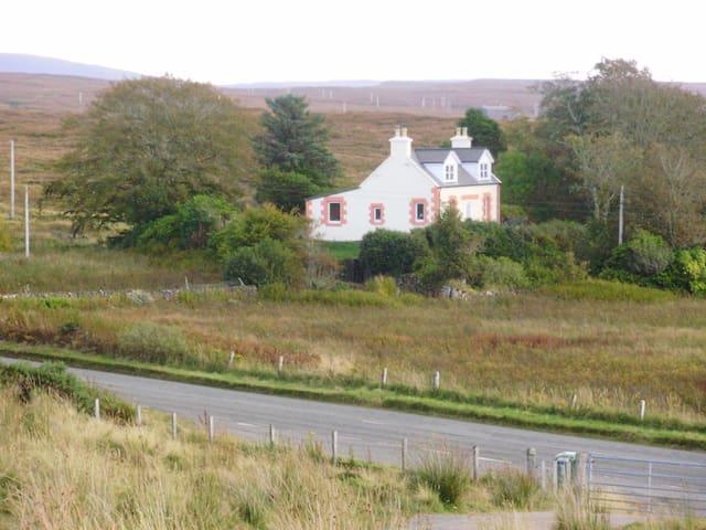 The Rowans, Dunvegan, Isle of Skye - Dunvegan - House