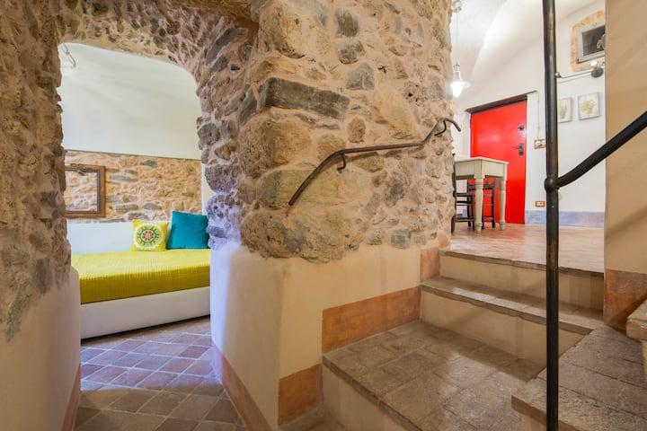 Casa Ghiri : appartamento il SOGNO con giardino