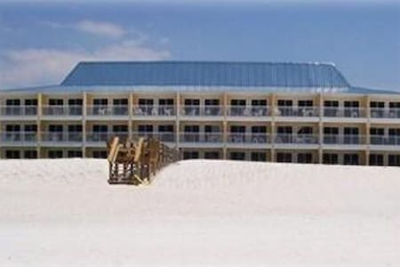 Island Sands 207   With Beach Service - Okaloosa Island - Kondominium
