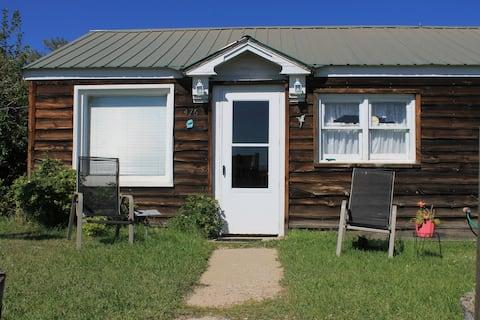 Cozy Cottage - Walden, CO