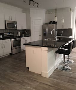 Private Room & Private Bathroom on Woodland Limits - Conroe