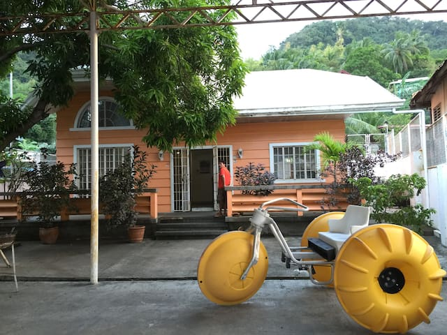 BeachFront House, Anilao - Kayak, Jetski & Diving! - Tanauan - Vila