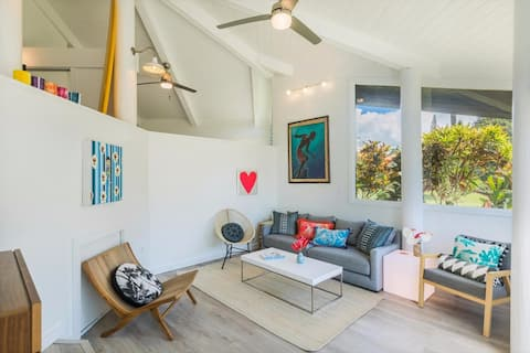Beautifully remodeled cottage w/dipping pool :)