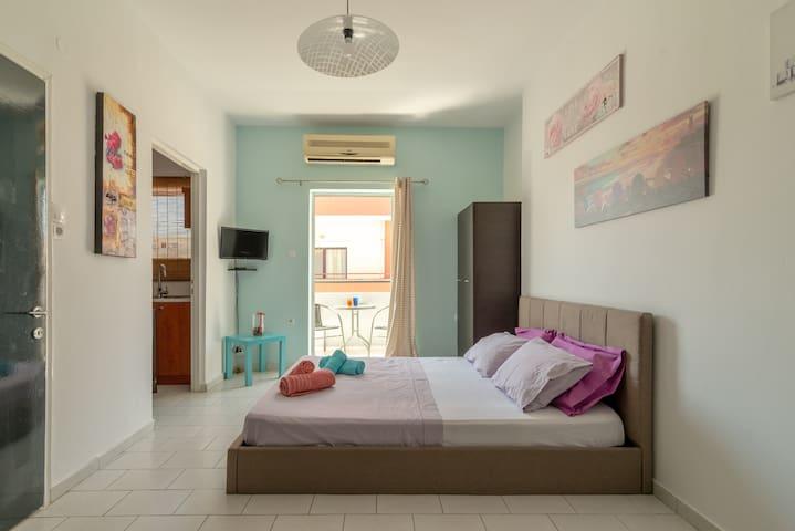 Spacious Urban Apartment in Heraklion *TALOS PLAZA