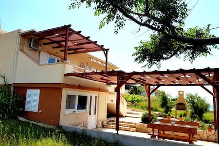 Modern apartment near the beach - Novalja