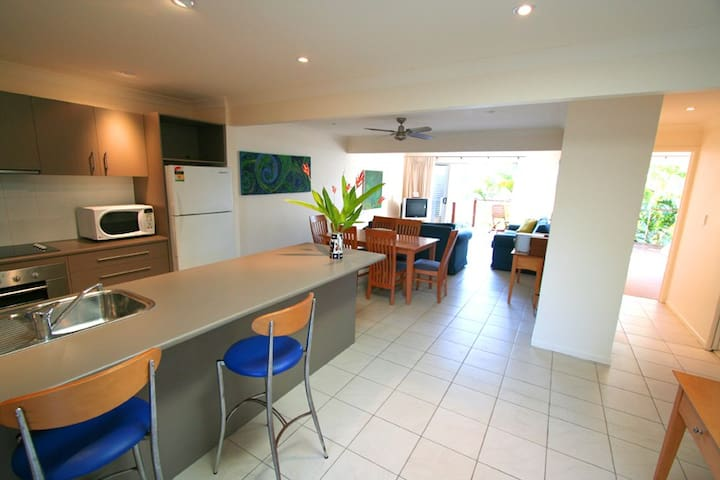 Clarkes Beach Hideaway Garden Room - Byron Bay - Appartement