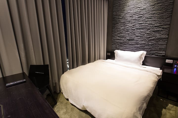 樹屋旅店-舒適單人間 - Qianjin District - Bed & Breakfast