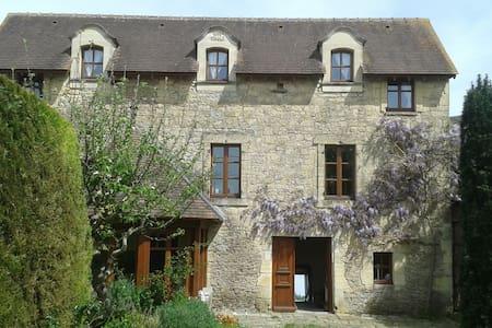 Maison en pierre de 1853 - Grandcamp-Maisy - Dům