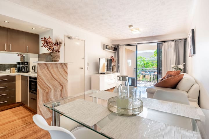 Central&Cosy, Ideal Beach Location!