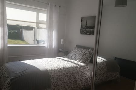 Rockview kilcoole  single room