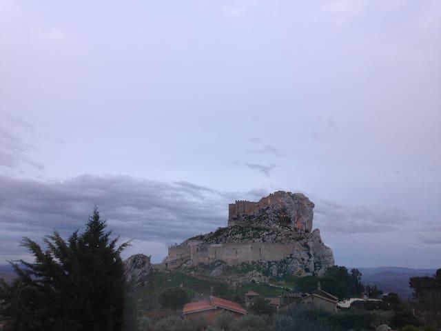 Vista Unica sul Castello - Mussomeli - Leilighet