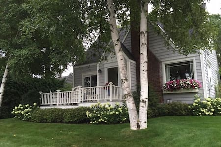 Birch Cottage, Harbor Springs
