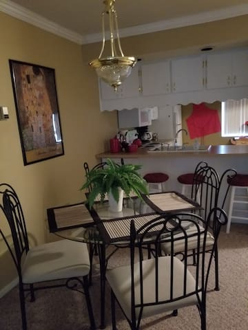 2br furnished apt all utilities