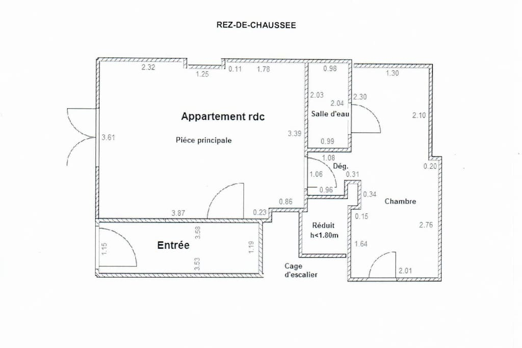 Floor plan: Ground floor, self contained one bedroom apartment. It has a proper double bed and a sofa-bed. Perfect for a couple with a child or a group of friends.  Approximately 31sqm