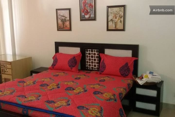 King Room at 3BR Near Chandigarh - Dera Bassi - Pis