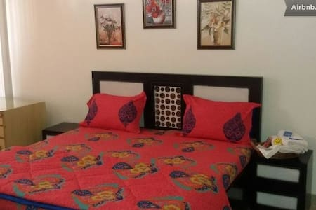 King Room at 3BR Near Chandigarh - Appartement