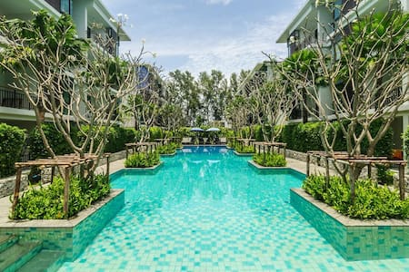 1 Bedroom apartment beach front of Rawai