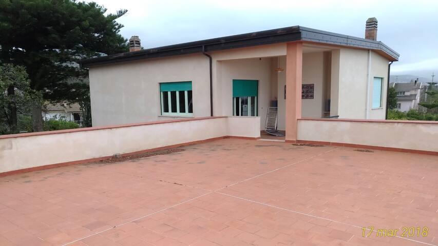 Appartamento in villa max 4 persone a Torrenova