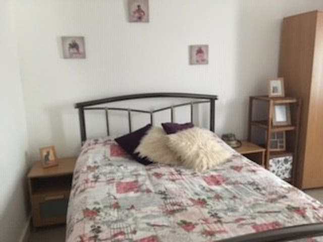 Friendly sociable owner - clean well kept property