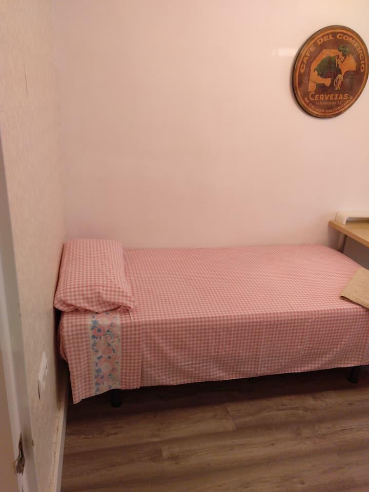 Habitación individual acojedora