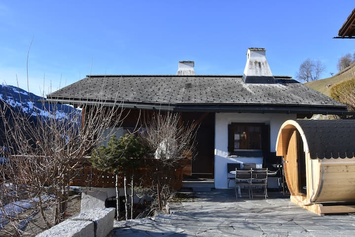 Charming chalet close to slopes of Klosters& Davos