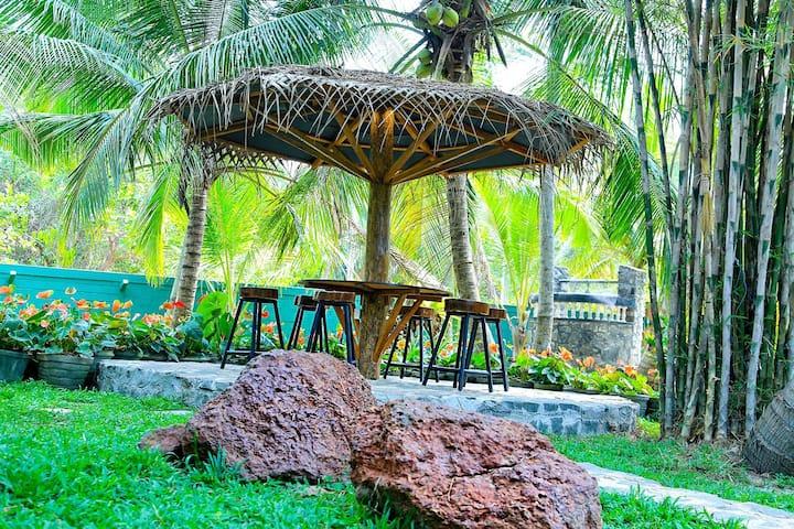 The Villa Thalkatuwa, ROOM only basis